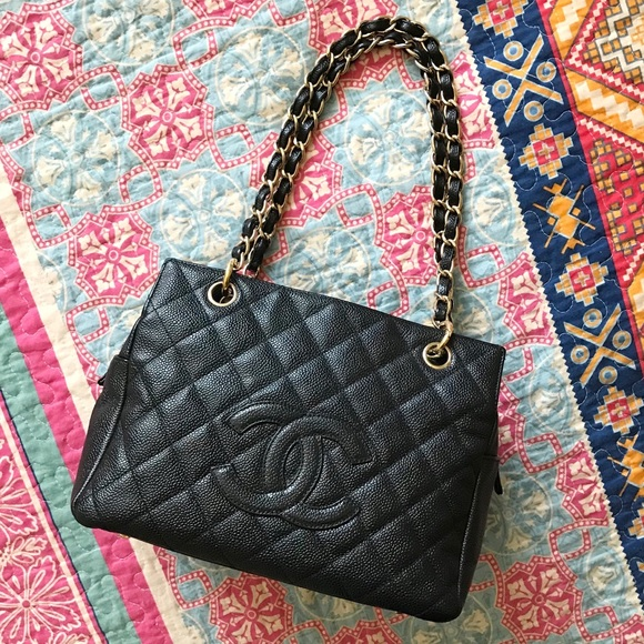 bfe3ba7fbdbc08 CHANEL Handbags - CHANEL - Black Caviar Leather Classic PST Tote Bag